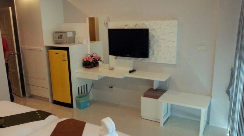 phuket hotel for sale01